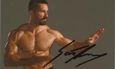 Scott Adkins Autograph
